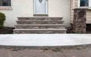 Wagner-Concrete-Walkway-and-Steps