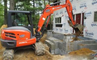 excavating004