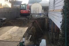 excavating001